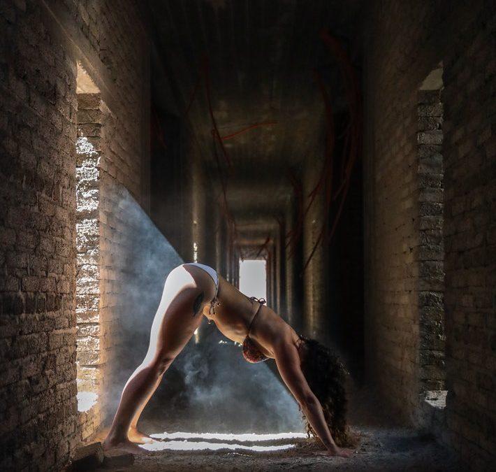 Yoga posisjonene som reduserer stress